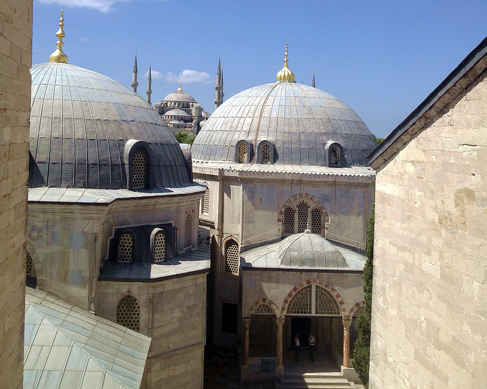 View of Blue Mosque from the Hagio Sofia